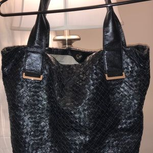 Awesome leather Elliot Lucca Purse!